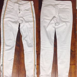UNIQLO white ultra stretch rainbow ankle jeans
